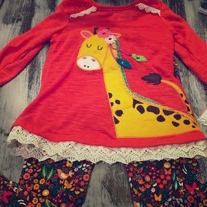 NWT Cute Outfit Girls 4